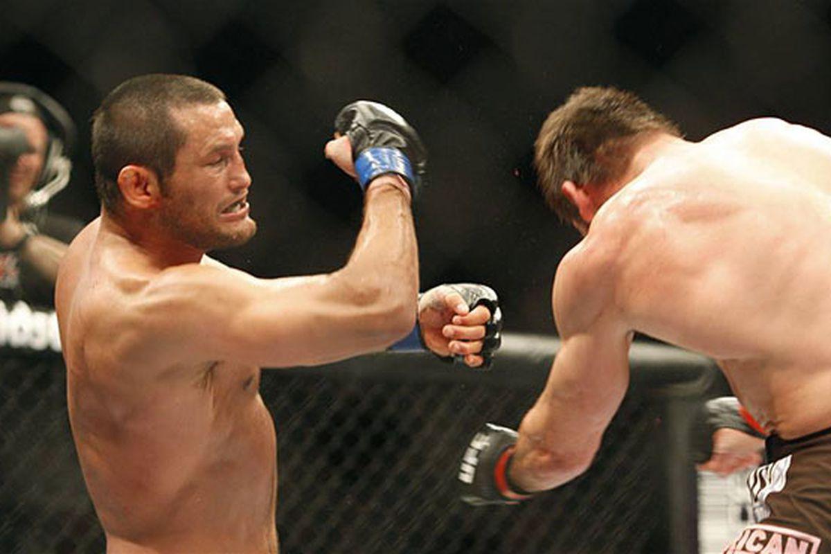 Dan Henderson defeats Rich Franklin at UFC 93. (Photo by Josh Hedges via UFC.com)