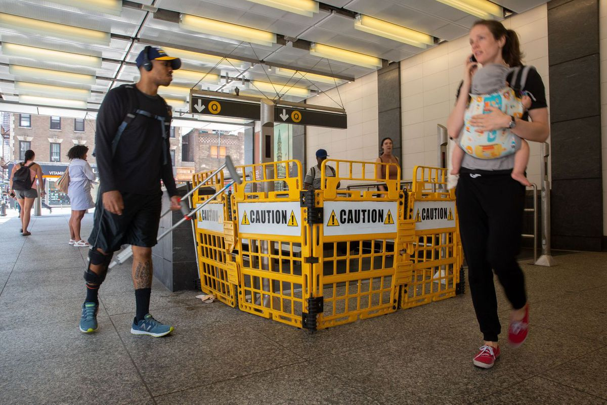 72nd Street Escalator