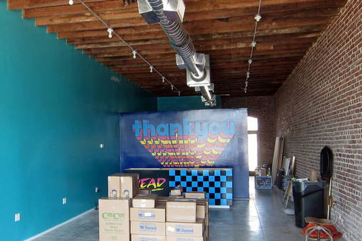 """Image via <a href=""""http://www.theeastsiderla.com/2012/08/storefront-report-silver-lake-comic-book-store-to-open-highland-park-outlet/"""">Eastsider LA</a>"""