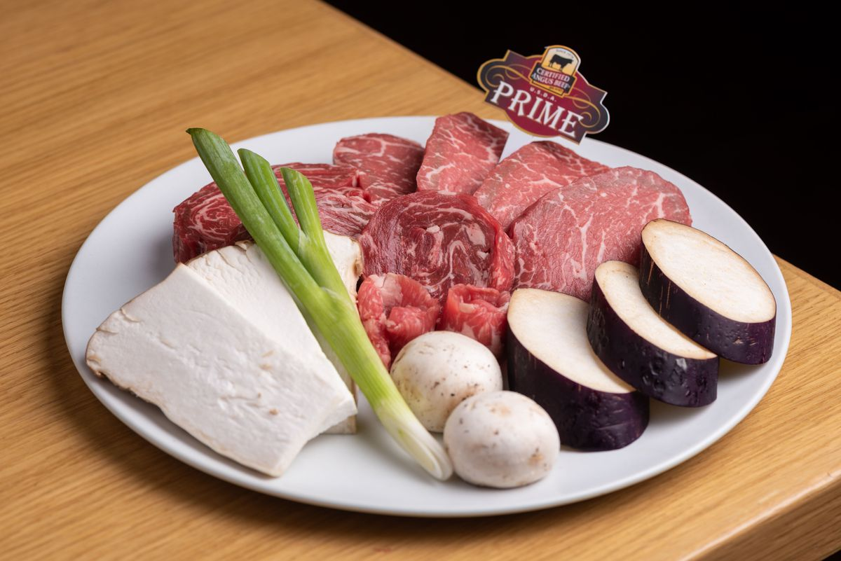 Certified Angus beef prime grade ribeye cuts with mushrooms at Daedo.