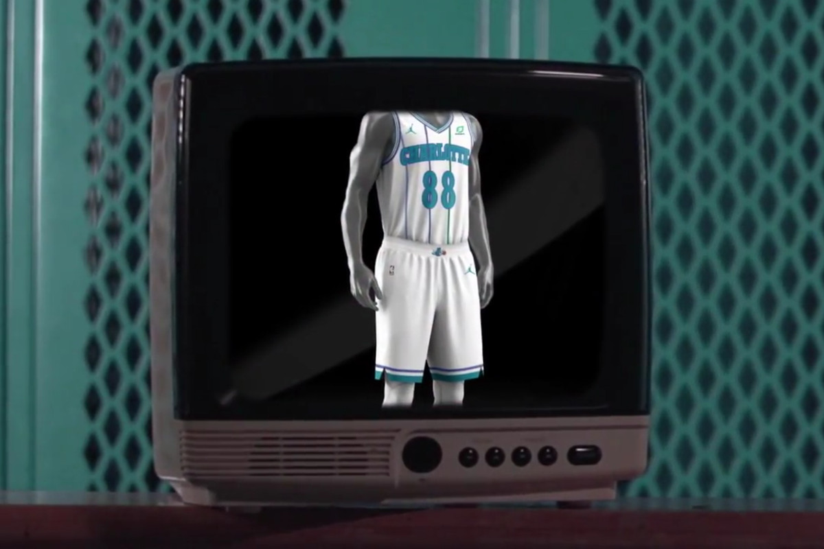 huge discount 7e99a 7b03a Hornets unveil new classic white pinstripe uniform - At The Hive