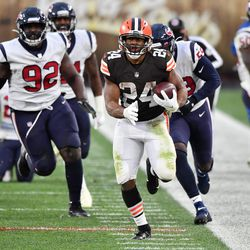 November 2020: In Week 10, following the team's bye week, Nick Chubb made his return. It was another windy day in Cleveland, and the Browns' defense did wonders containing Deshaun Watson. Nick Chubb and Kareem Hunt each ran for over 100 yards, including Chubb's 59-yard run at the end of the game, where he ran out of bounds at the 1 yard line instead of scoring so that the team could just take a knee to seal the win. Cleveland improved to 6-3 with the 10-7 victory.