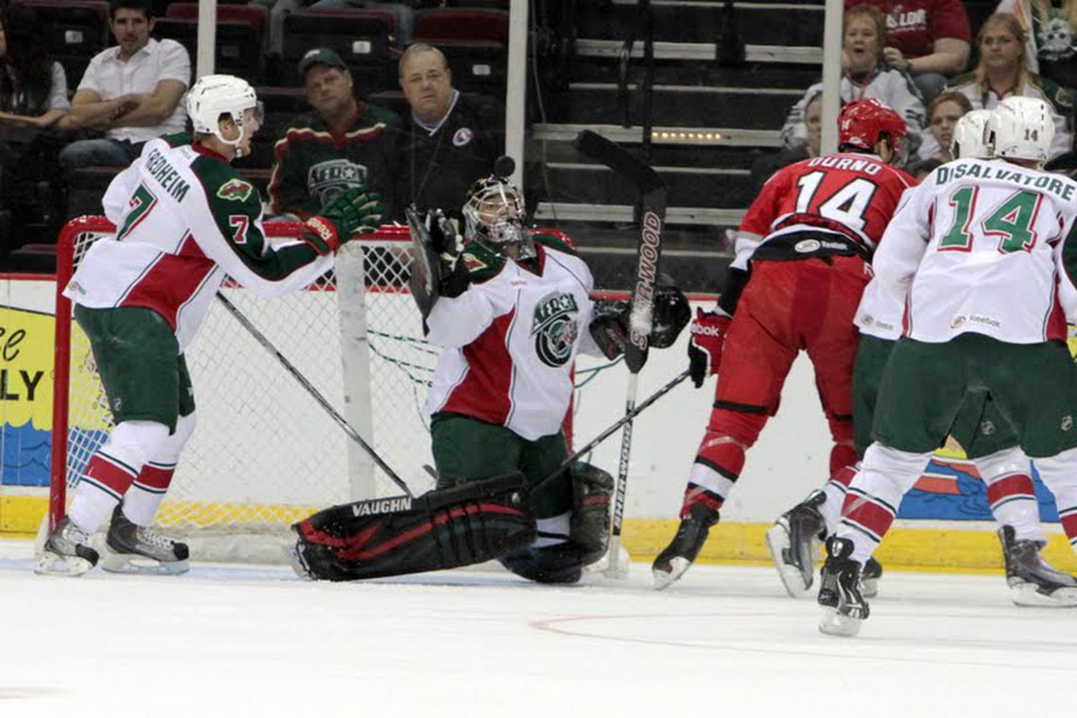 This picture has so much awesomeness it's hard to take it all in. (Photo credit: Morris Molina/Houston Aeros)