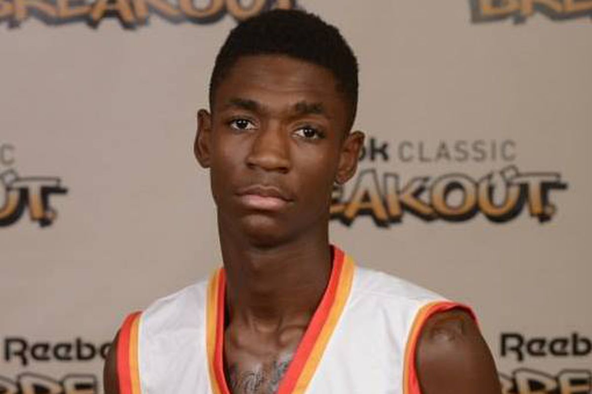 '14 three-star power forward Tyriq Owens has committed to Tennessee.