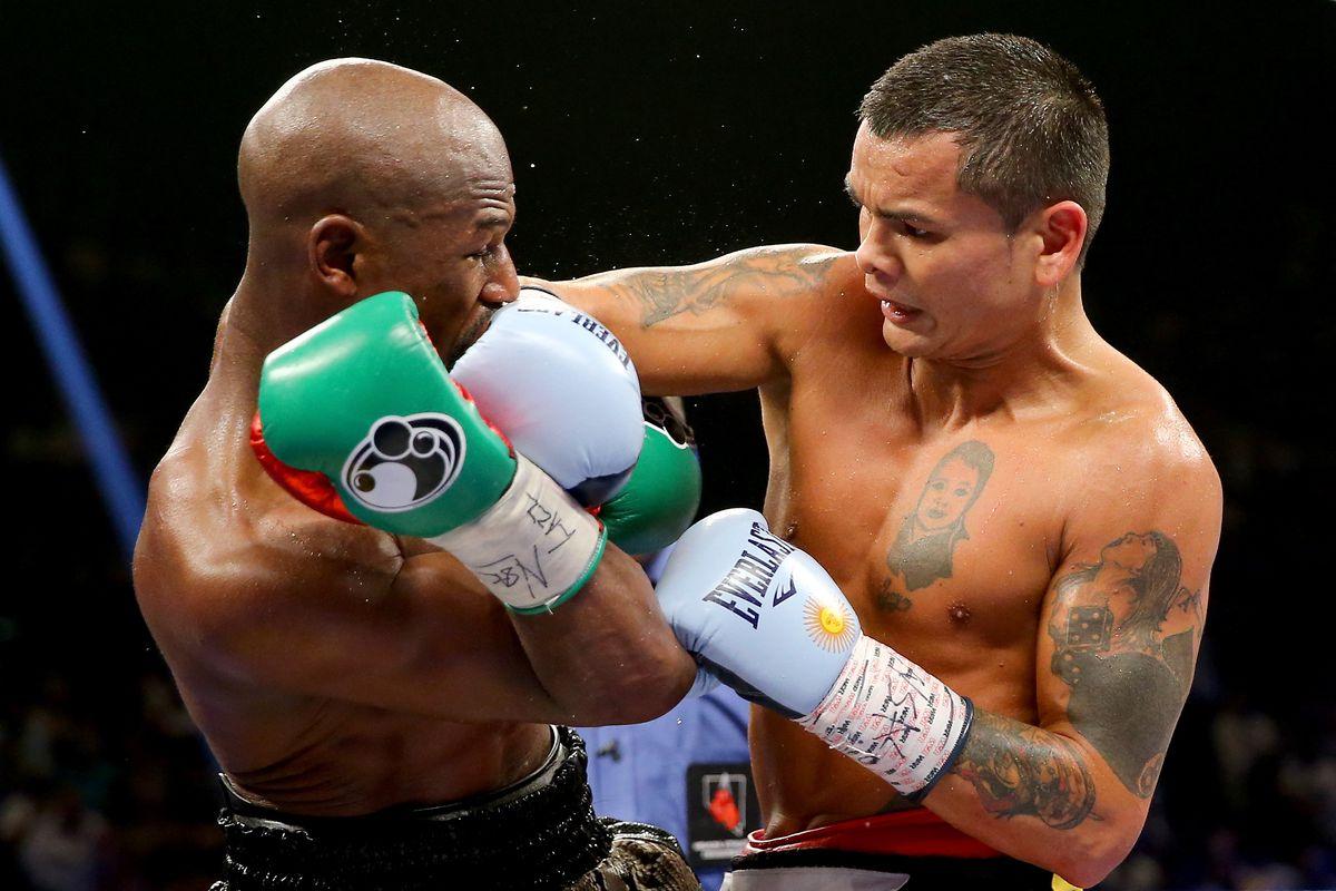 Robert Garcia: I know Marcos Maidana doesn\'t love the sport - Bad ...