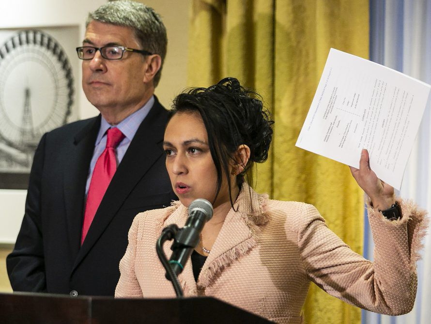 Gloria Schmidt, attorney for Olabinjio and Abimbola Osundairo, announces the filing of a federal lawsuit claiming defamation in the Jussie Smollett case, during a press conference at the Union League Club, Tuesday morning, April 23, 3019. | Ashlee Rezin/S