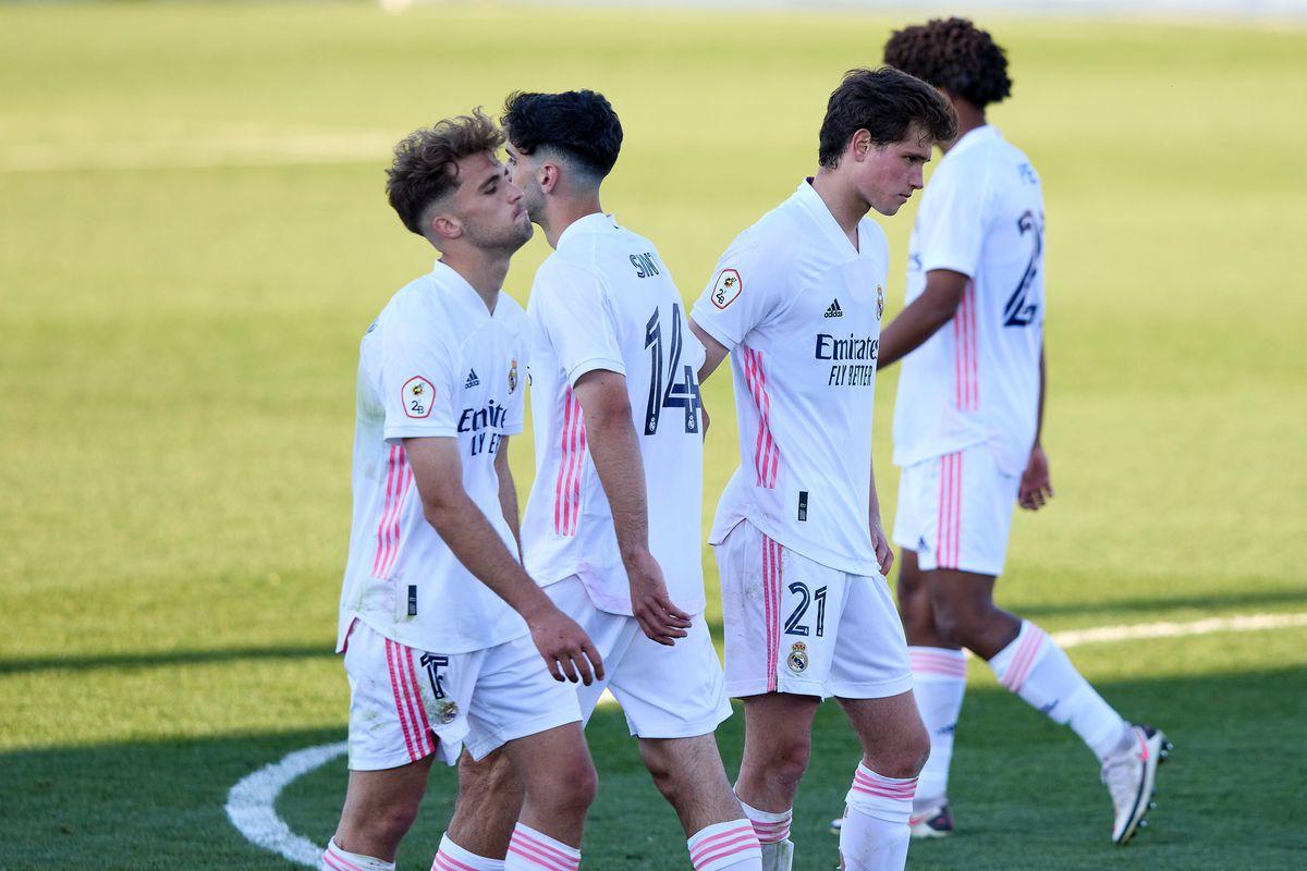 Real Madrid Castilla v Talavera de la Reina - Segunda Division B
