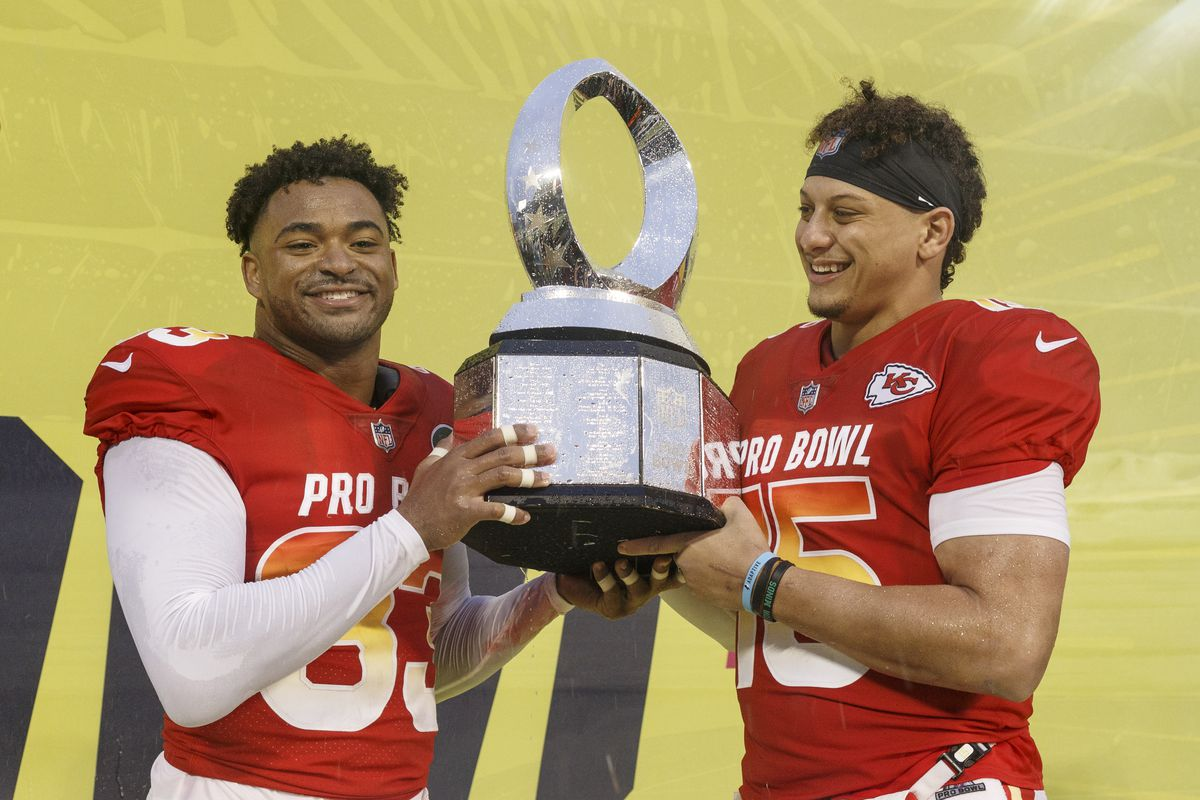 Safety Jamal Adams of the New York Jets and Quarterback Patrick Mahomes of the Kansas City Chiefs from the AFC Team hold up the trophy after being named Co-MVP's after the NFL Pro Bowl Game at Camping World Stadium on January 27, 2019 in Orlando, Florida. The AFC defeated the NFC 26 to 7.