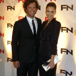Toms Shoes founder Blake Mycoskie and his personally selected presenter, Jessica Alba