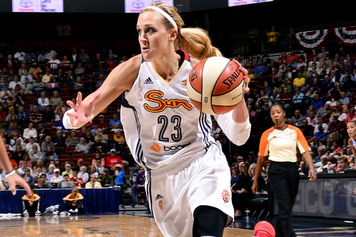 Katie Douglas led a balanced Connecticut Sun attack with 14 points.