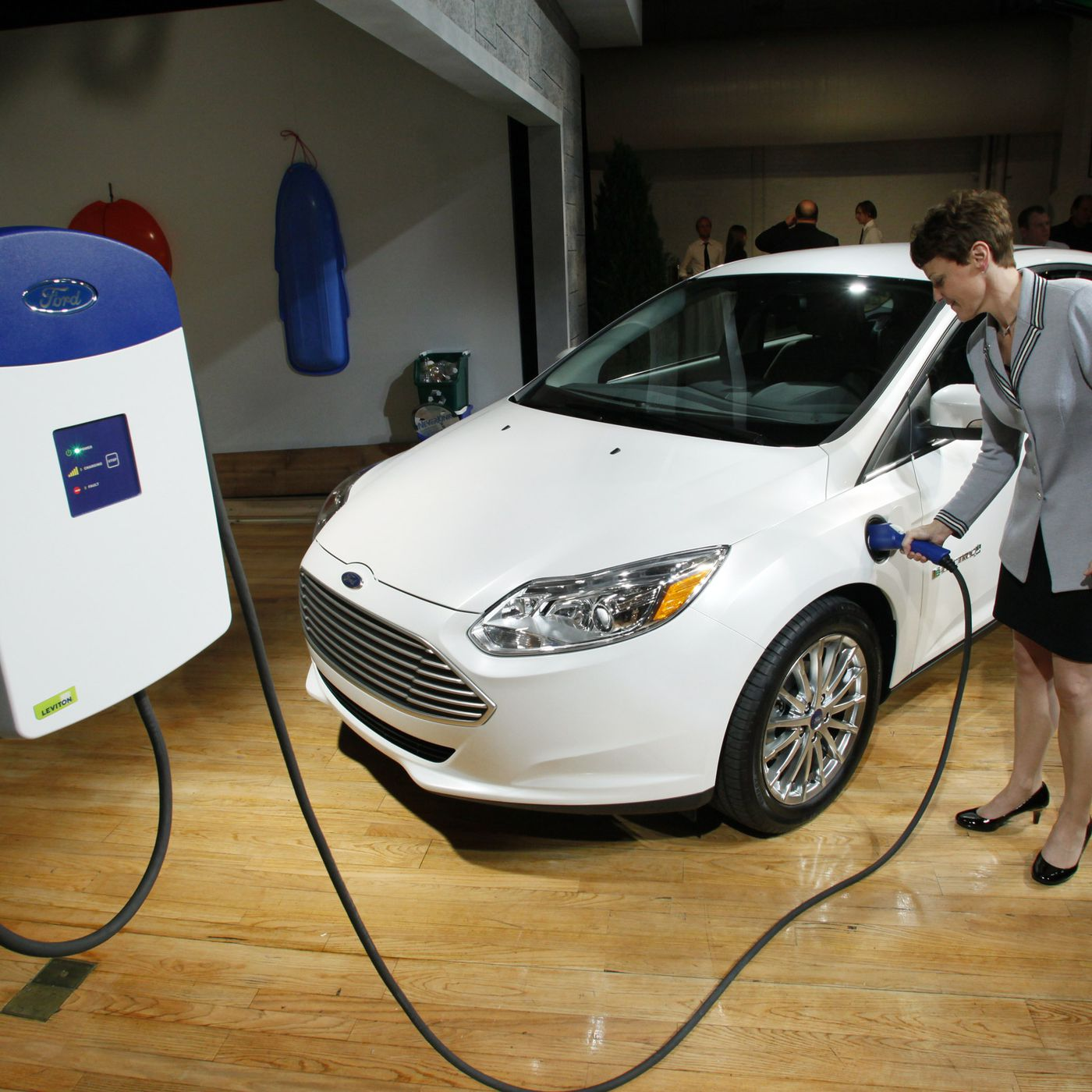 Ford Electric Car >> Ford Invests 4 5 Billion In Electric Car Program The Verge