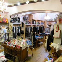 """Next, head over to charming clothing and gift shop <a href=""""http://www.pickettfences.com"""">Pickett Fences</a> (214 N Larchmont Blvd). In addition to stocking LA-based basics brands like Splendid, Velvet by Graham & Spencer, Michael Stars and more, this fam"""