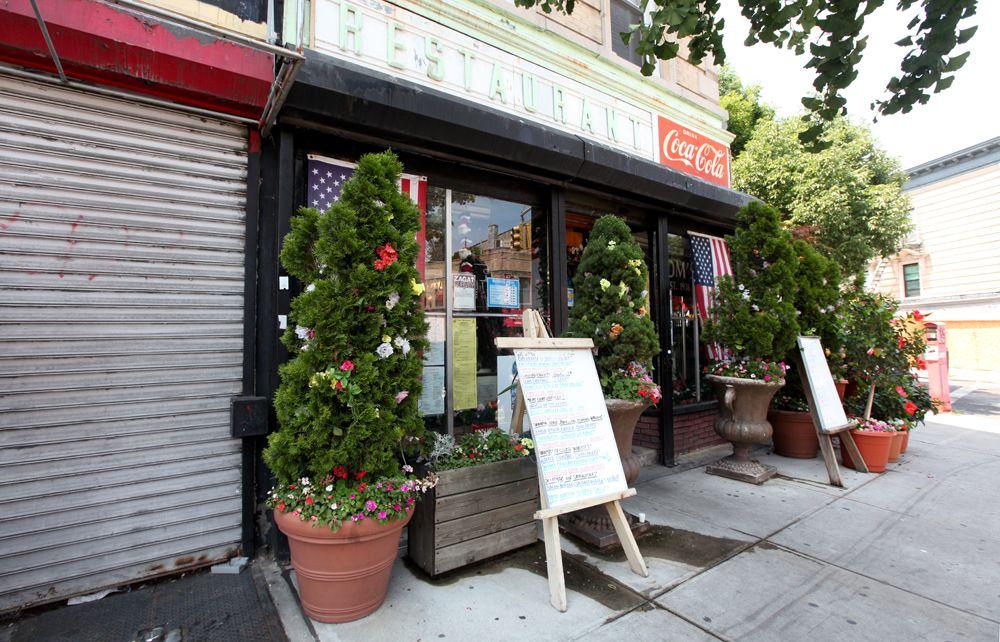 The exterior of Tom's Restaurant