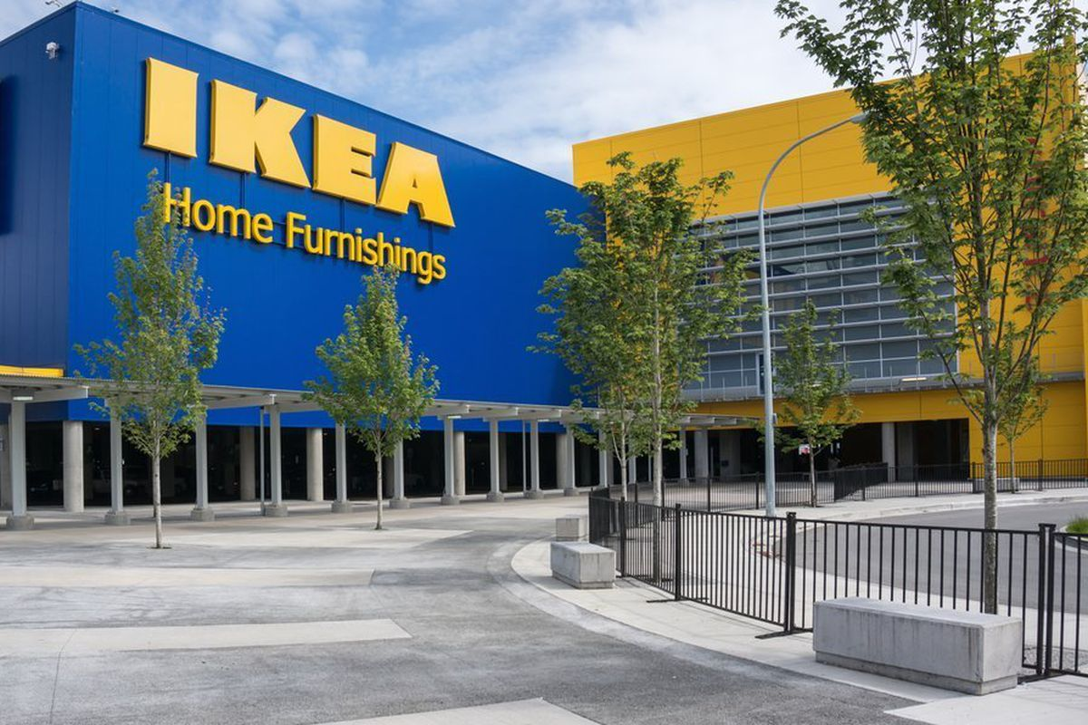 """<a href=""""http://www.apartmenttherapy.com/which-ikea-do-you-go-to-51276"""">Apartment Therapy</a>"""