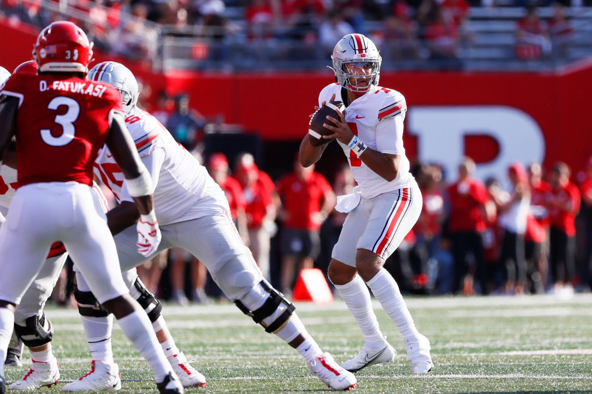 Ohio State Buckeyes quarterback C.J. Stroud (7) sits in the pocket during the first quarter of a NCAA Division I football game between the Rutgers Scarlet Knights and the Ohio State Buckeyes on Saturday, Oct. 2, 2021 at SHI Stadium in Piscataway, New Jersey. Cfb Ohio State Buckeyes At Rutgers Scarlet Knights