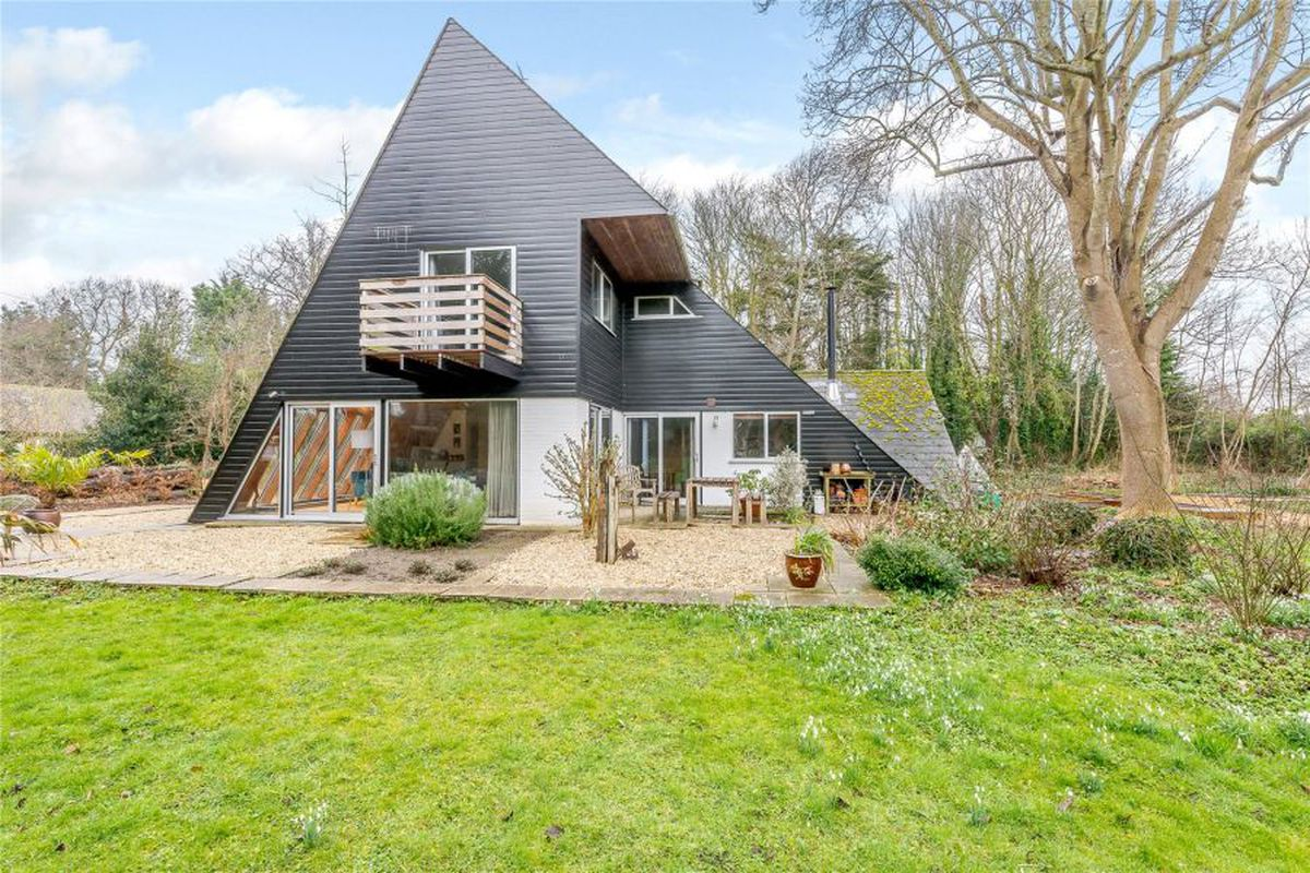 Groovy \'70s home offers A-frame living with a twist for $1M - Curbed