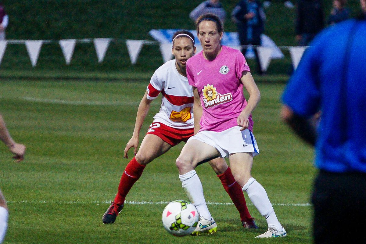 Liz Bogus played all out in several spots for FC Kansas City
