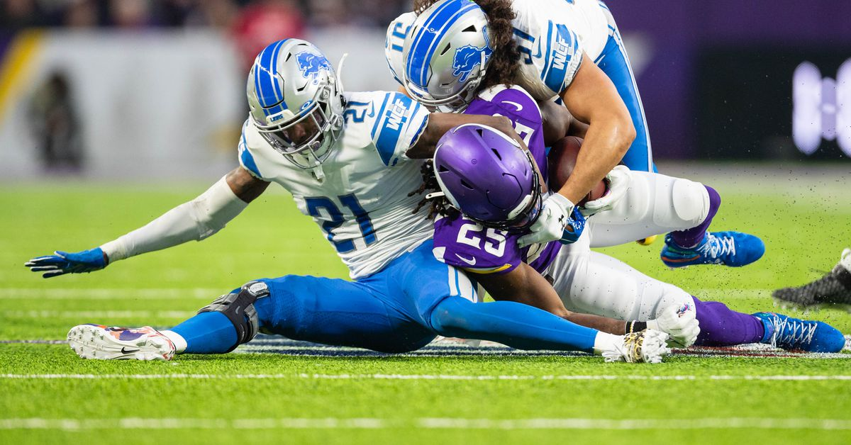 """Lions safety Tracy Walker: """"We just keep beating ourselves"""""""