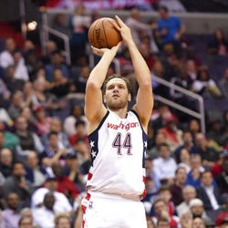 Washington Wizards guard Bojan Bogdanovic, of Croatia, (44) shoots during the first half in Game 5 of a first-round NBA basketball playoff series against the Atlanta Hawks, Wednesday, April 26, 2017, in Washington. (AP Photo/Nick Wass)
