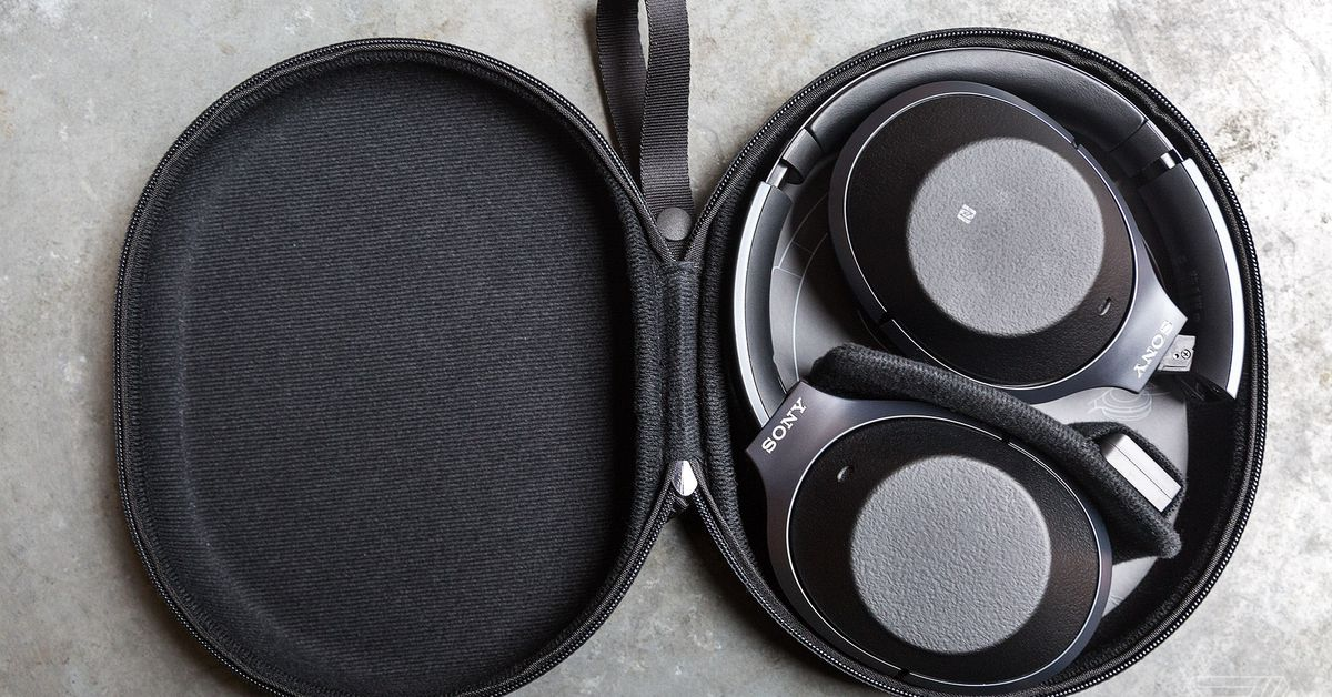 Buying headphones in 2018 is going to be a fragmented mess