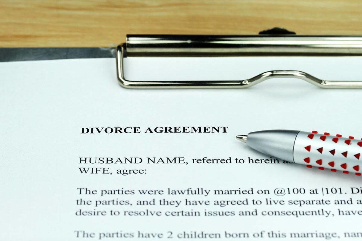 A person who intentionally destroys their marriage, expecting to get favorable alimony, may have another thing coming, according to Utah lawmakers.