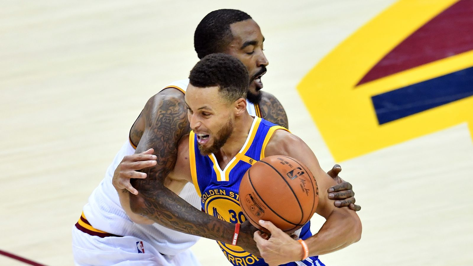 2017 NBA Finals: Warriors drop Game 4, 137-116; miss out ...