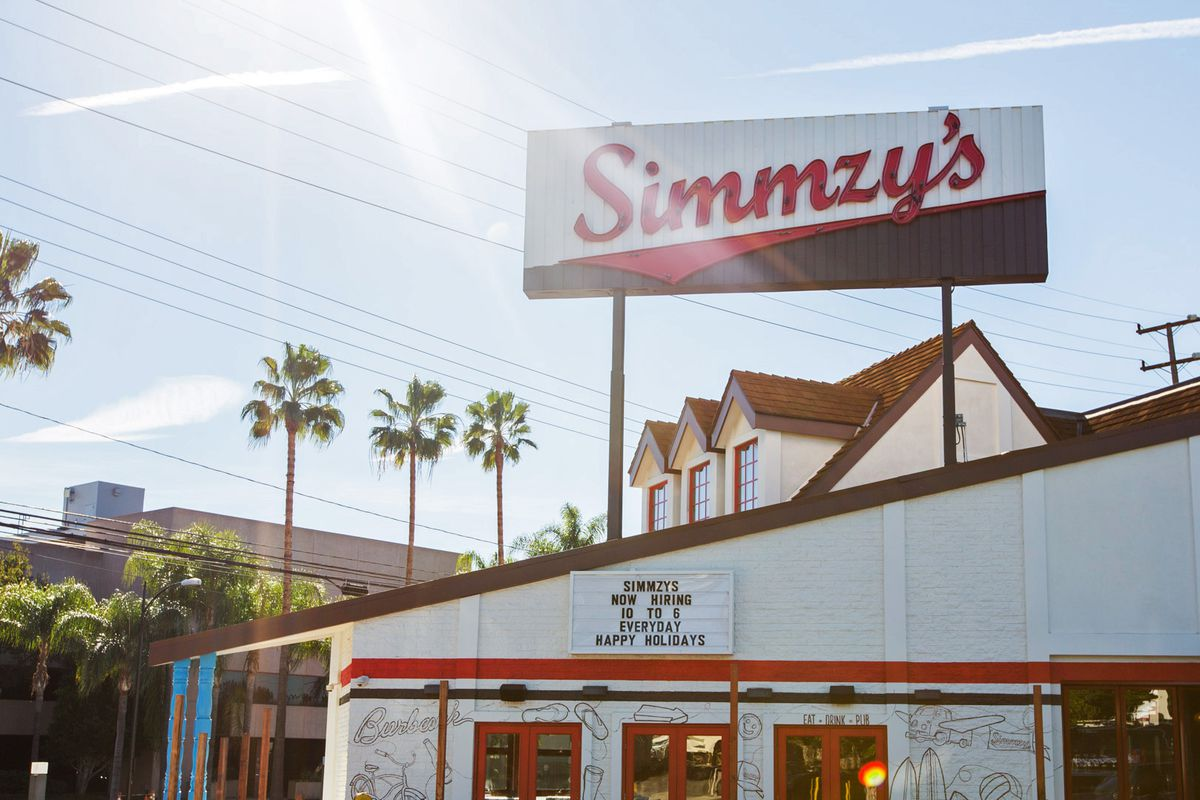 Simmzy's Ready To Launch Tonight in Burbank