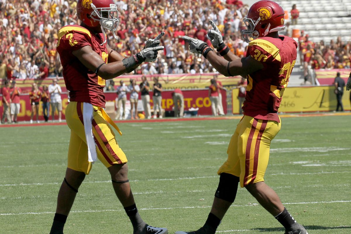 The USC Trojans began the season ranked No. 25 by the Associated Press poll, but a lackluster two-point win over the Minnesota Golden Gophers dropped the Trojans out of the AP top 25.
