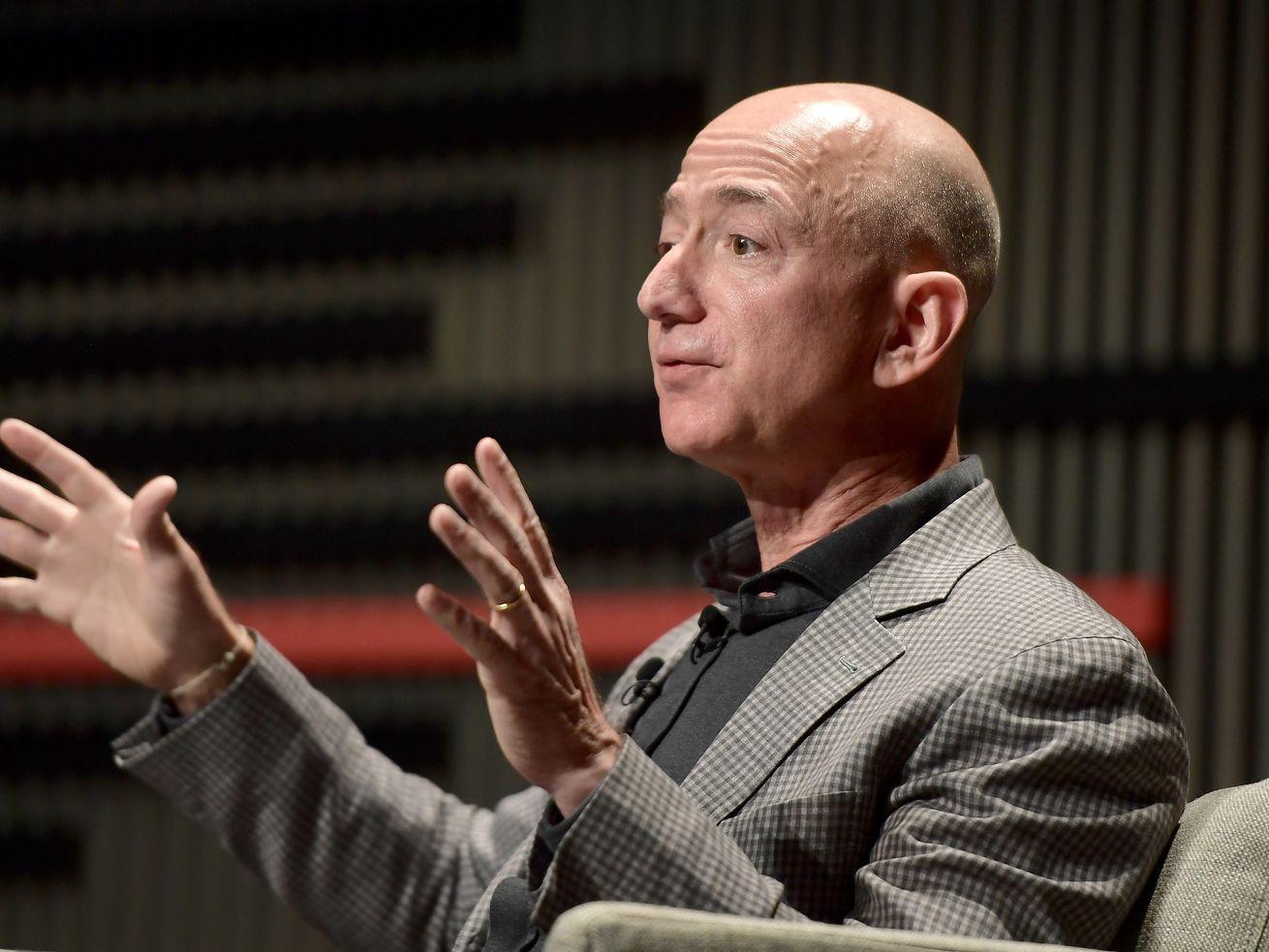 Jeff Bezos's Amazon may pay US publishers to expand their international presence.