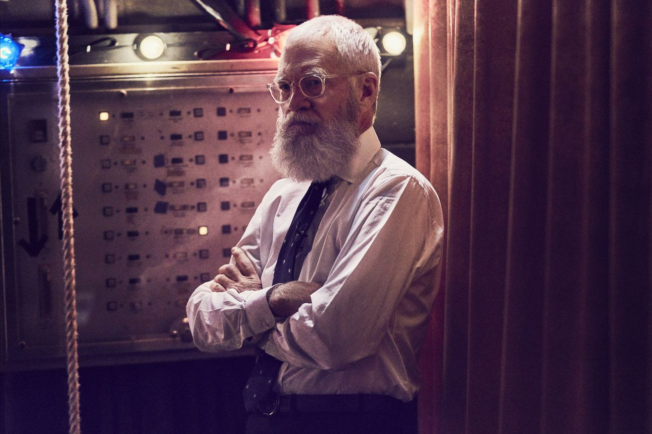 netflix s my next guest needs no introduction proves the world still needs david letterman