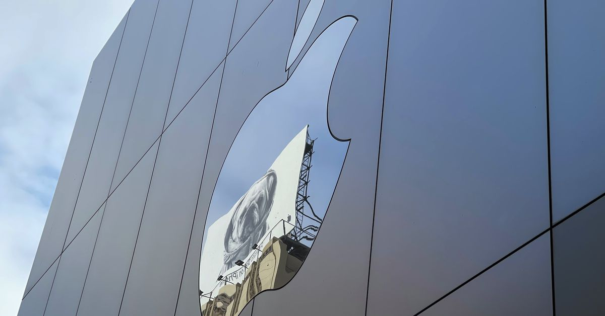 apple-iphone-13-and-apple-watch-live-blog-california-streaming