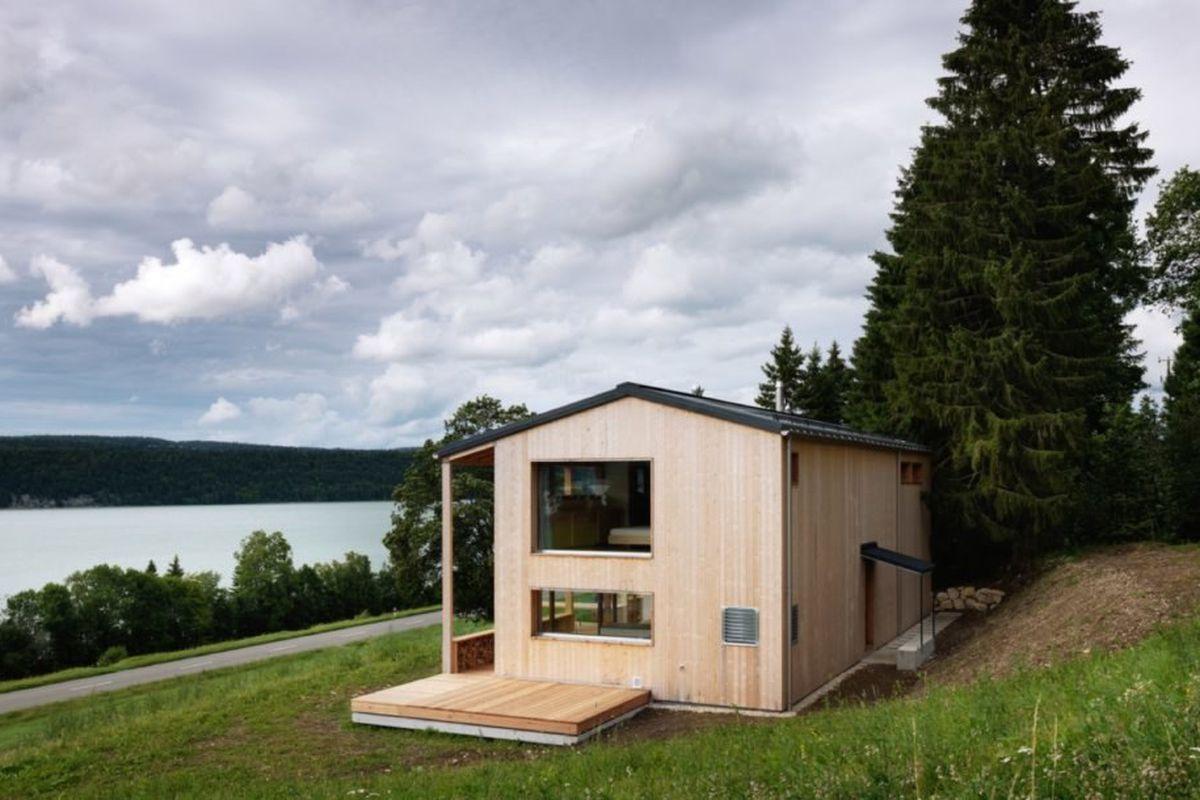 Prefab curbed for Prefab lake house