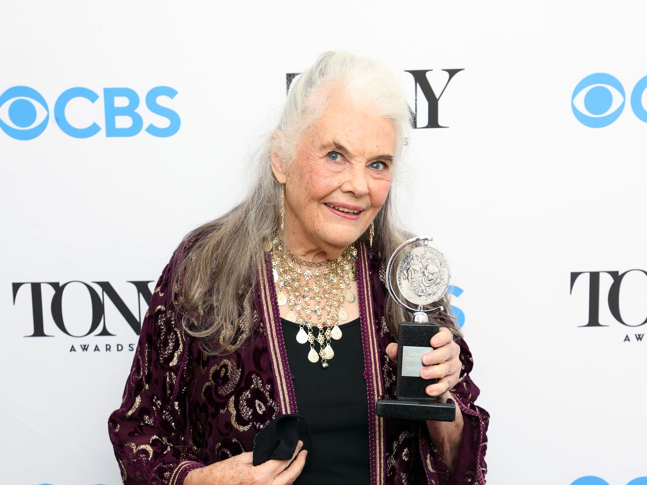 Steppenwolf's Lois Smith wins her first Tony Award