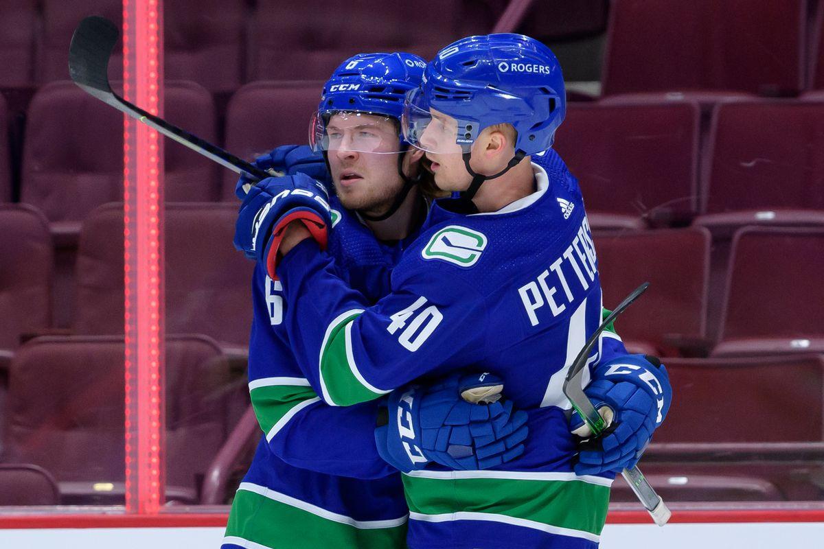 NHL: JAN 28 Senators at Canucks