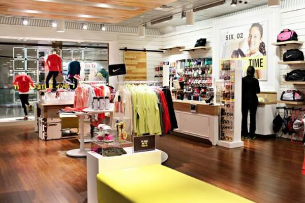 5802bde556554 Sweating in Style: Where to Buy Workout Clothes in Miami - Racked Miami