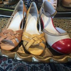 """We love an indie boutique, and that includes <a href=""""http://apiedshoeboutique.blogspot.com/"""">A Pied Shoe Boutique </a> [2037 West Roscoe Street] in Roscoe Village. The homey shoe store has tons of new styles from Chocolat Blu, a New York-based line that"""