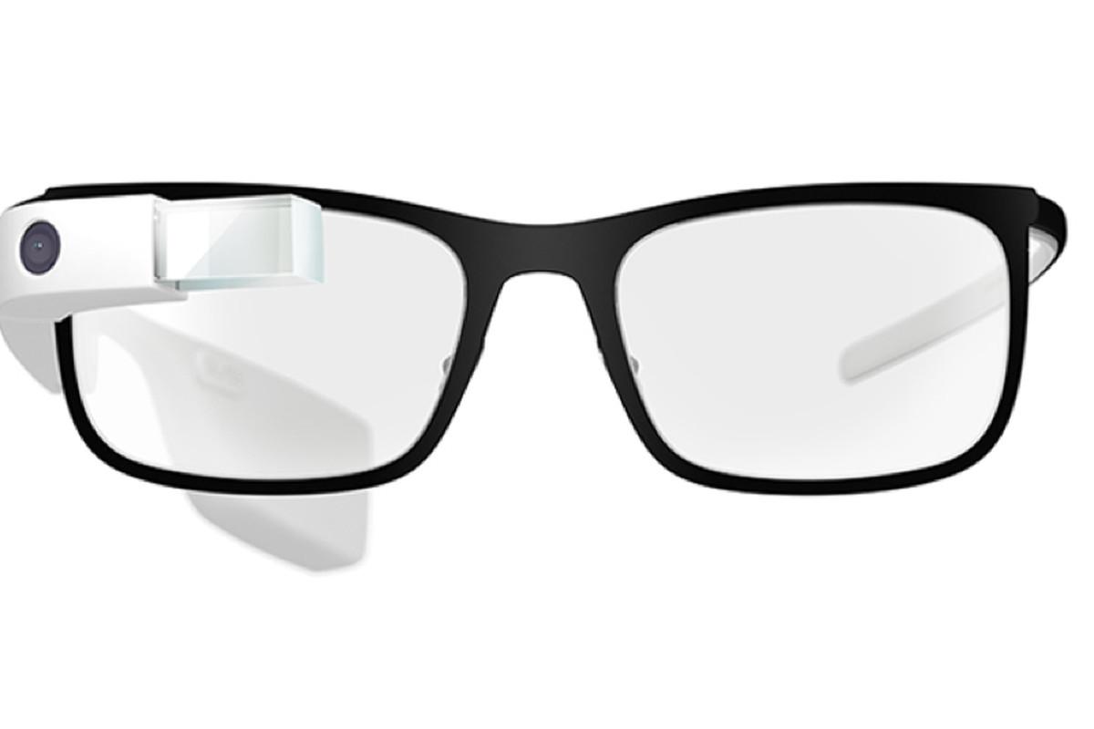 """One of four frames, <a href=""""http://www.google.com/glass/start/"""">via Google Glass</a>"""
