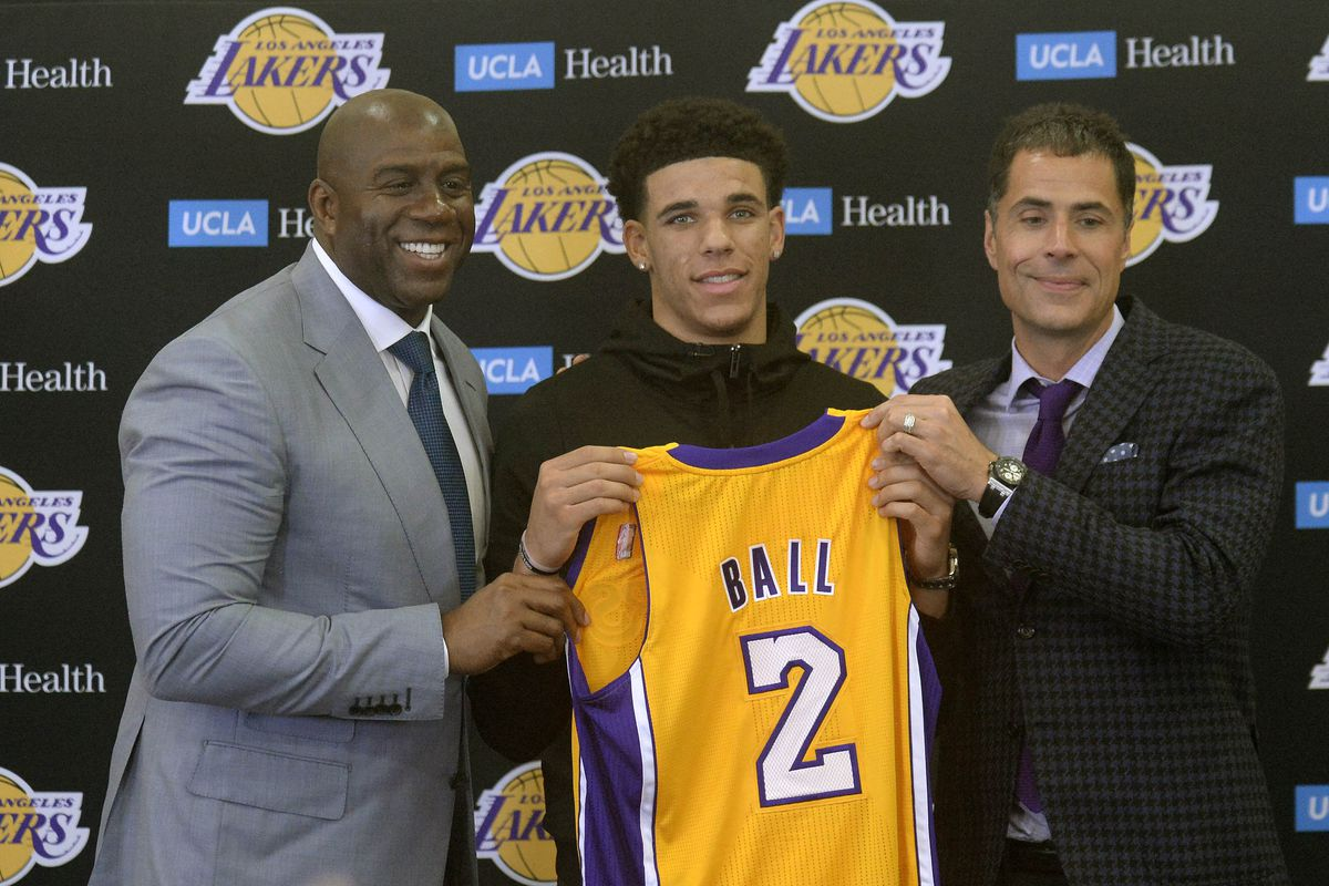 6fcc176ccf0 Magic Johnson calls Lonzo Ball 'the new face of the Lakers' - Silver ...