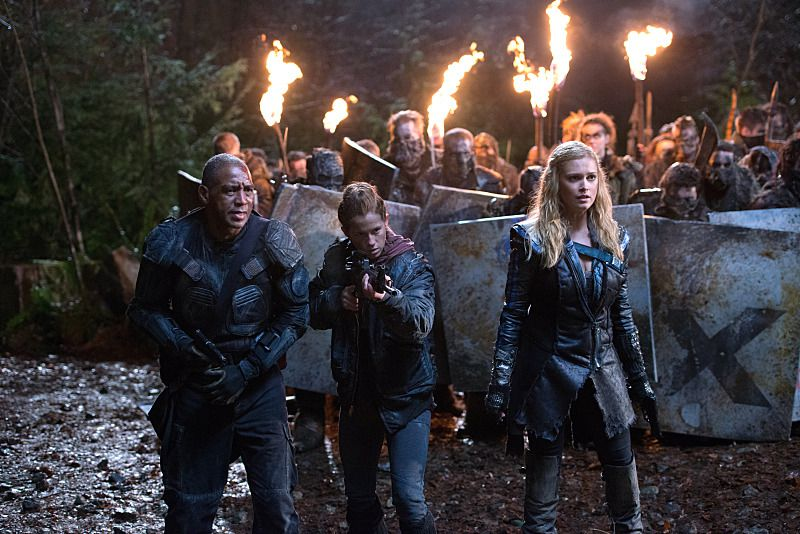 The cast of The 100 on the CW