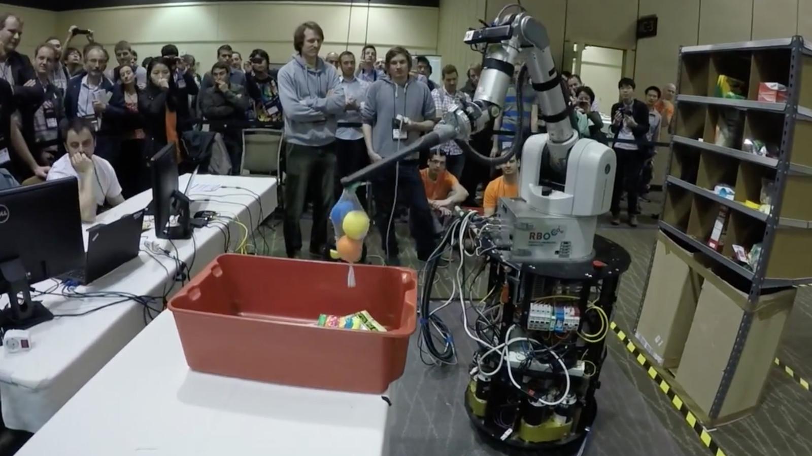 Amazon's robot competition shows why human warehouse jobs ...
