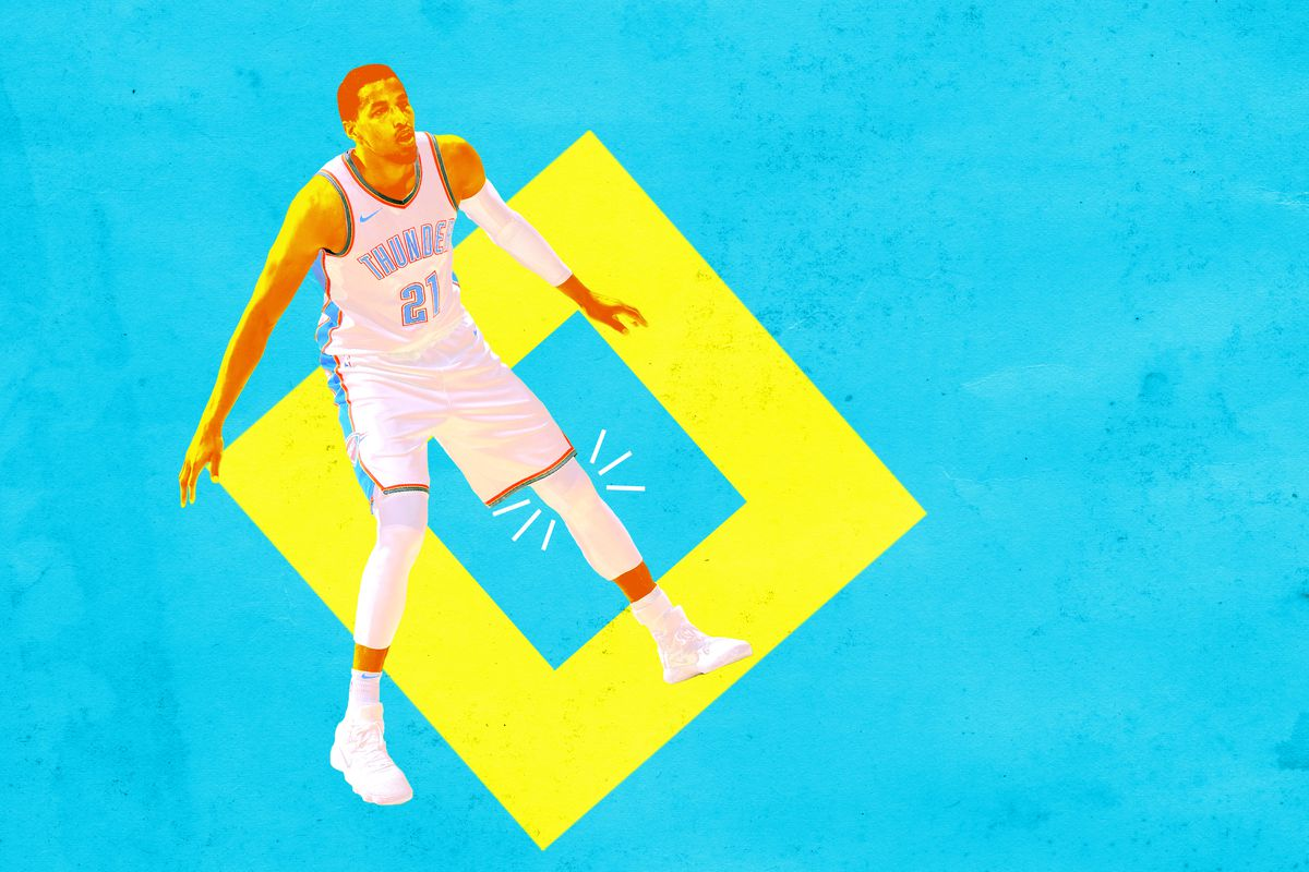 Andre Roberson with pain lines extending from his left knee