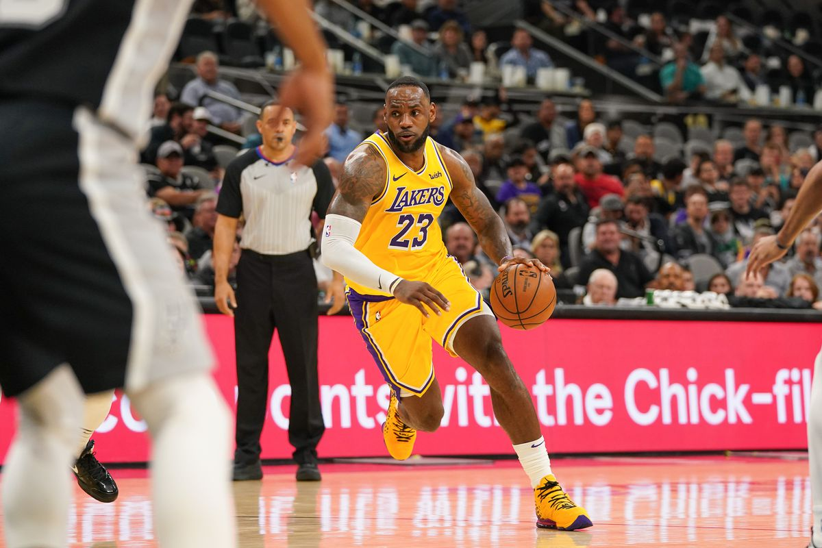 Los Angeles Lakers forward LeBron James drives in the second half of the game against the San Antonio Spurs at the AT&T Center.