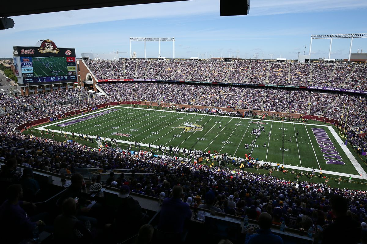 The Gophers and Vikings will have four overlapin weekends here next fall