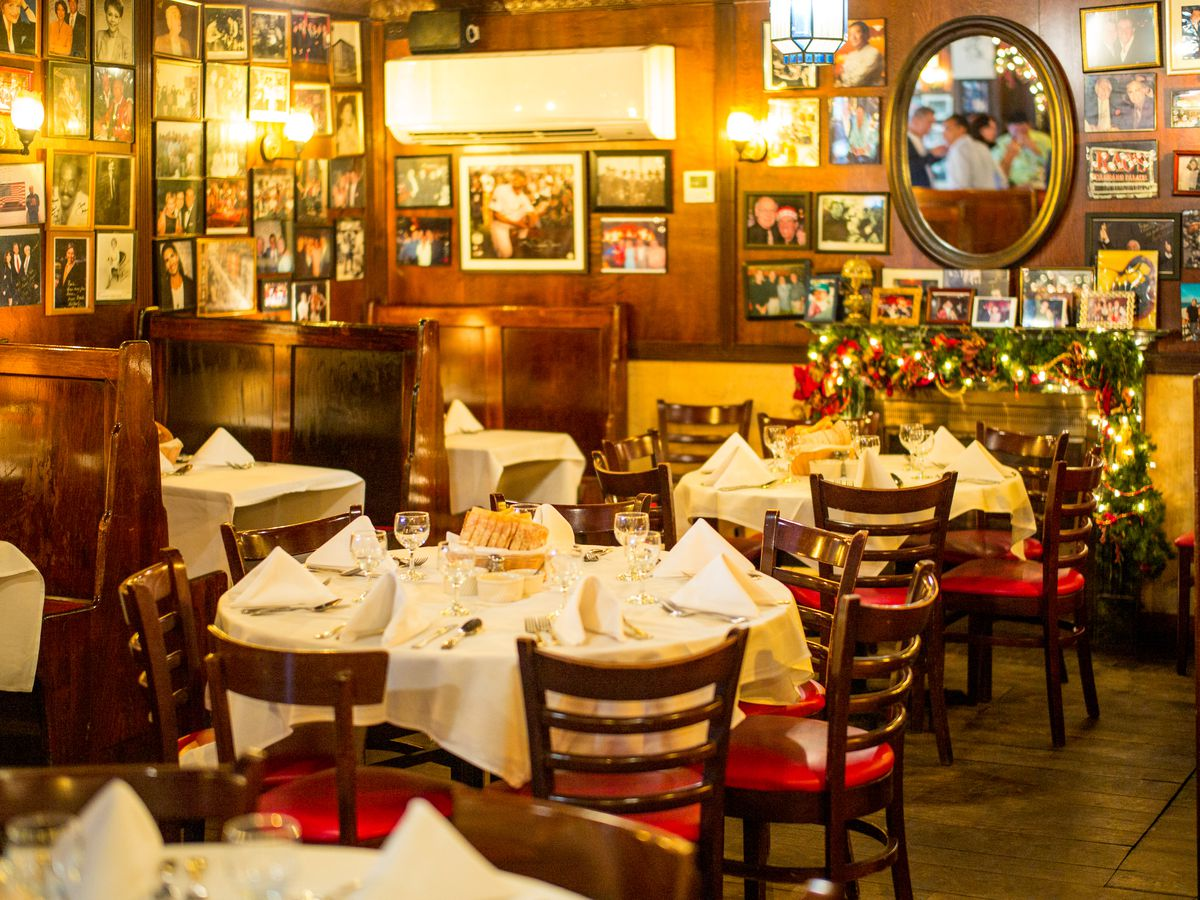 12 Top Old School Red Sauce Italian Joints In Nyc Eater Ny