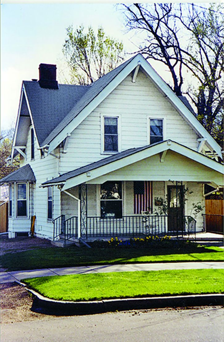 Curb Appeal Before: Early 1900s Craftsman Home In Colorado Springs, Colorado