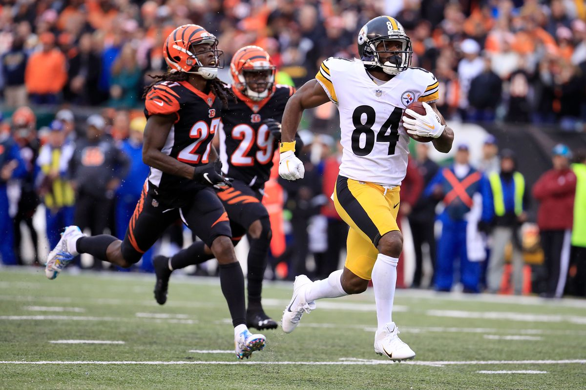 fab3573a Steelers' receiver Antonio Brown had only one reception for nine yards in  the first half of a pivotal Week-6 matchup against the Bengals at Paul Brown  ...