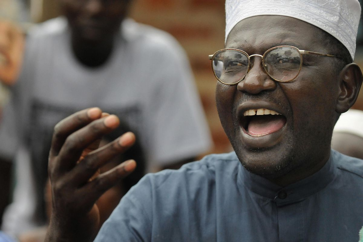 Malik Obama, half-brother of Barack Obama, campaigning for state office in Kenya.