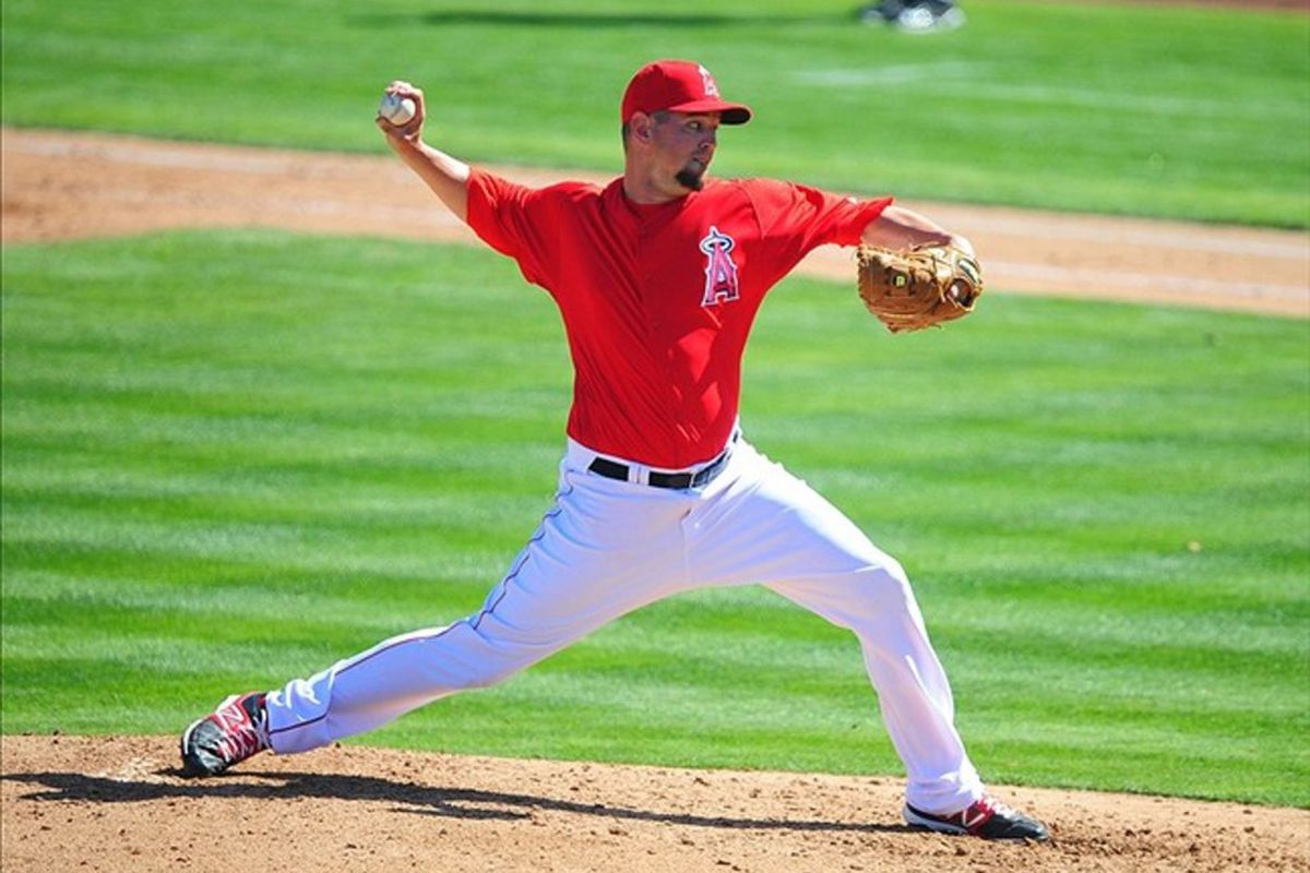 Los Angeles Angels pitcher Eric Hurley throws in the third inning against the Chicago White Sox during a spring training game at Tempe Diablo Stadium.