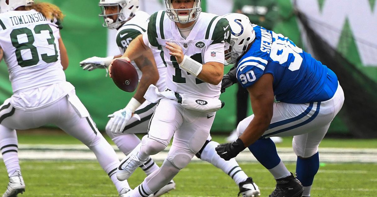Rumor: If No Carson Wentz, Colts Could Pursue Sam Darnold or Look to Trade Up in the NFL Draft for QB - Stampede Blue