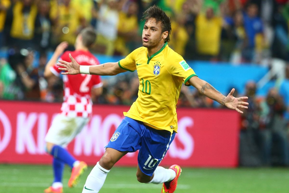 Brazil national team manager pares Neymar to Romário Barca